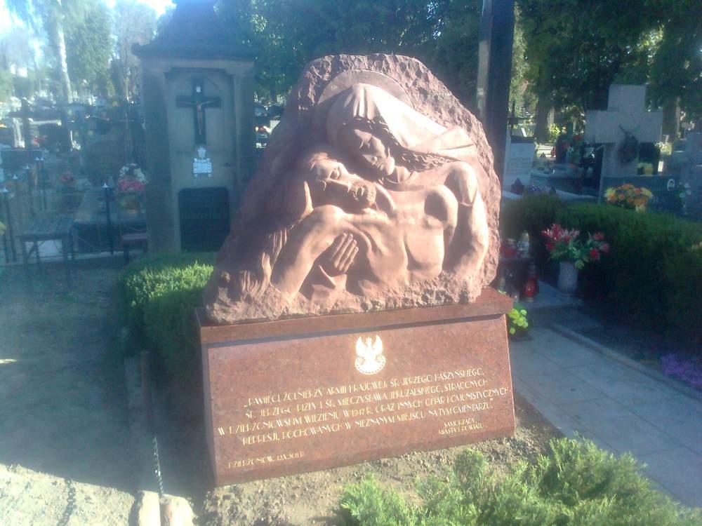 Kupić Rzeźba w granice i piaskowcu