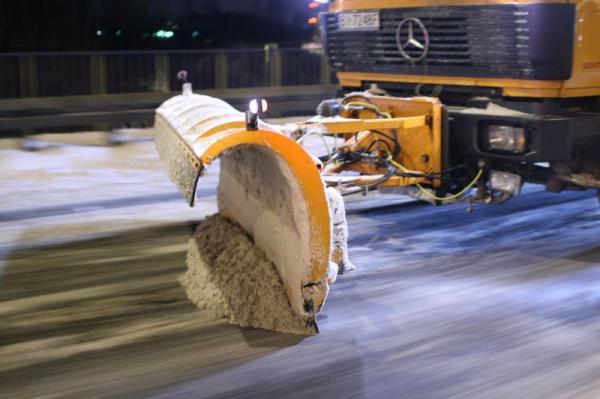 Kupić Pług śnieżny PSS Samochodowy