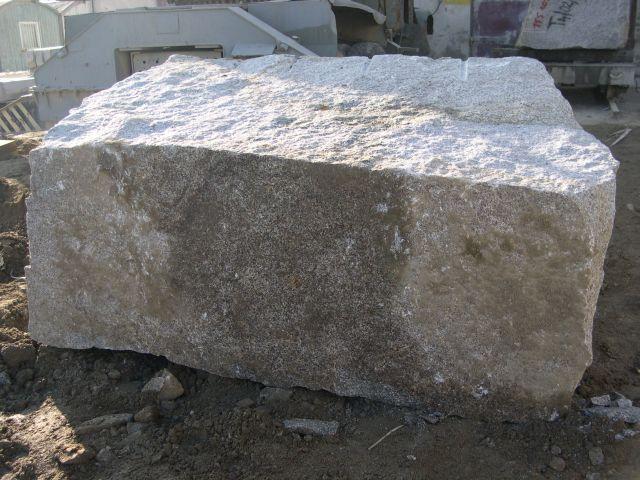 Kupić Bloki granitowe