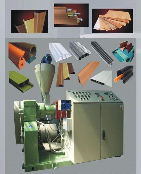 Linie do profilowania tworzyw sztucznych.Complete assembly lines for plastic profiles.