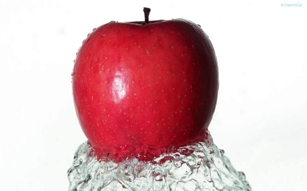 Kupić Jabłka Golden Delicius świeże.