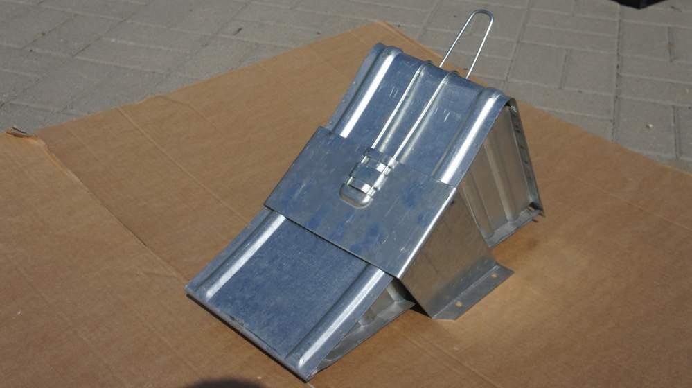 Klin stalowy pod koła naczepy+uchwyt! 6500 kg