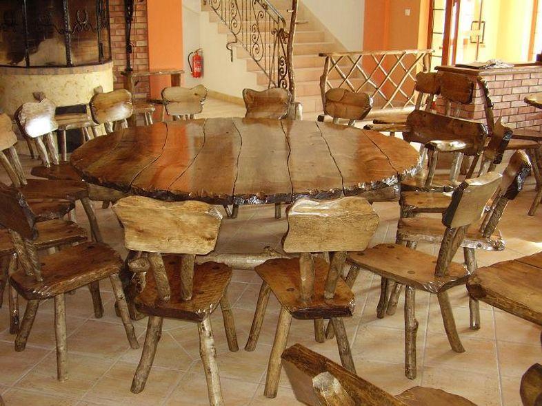 Kupić Stół wraz z krzesłami z litego drewna