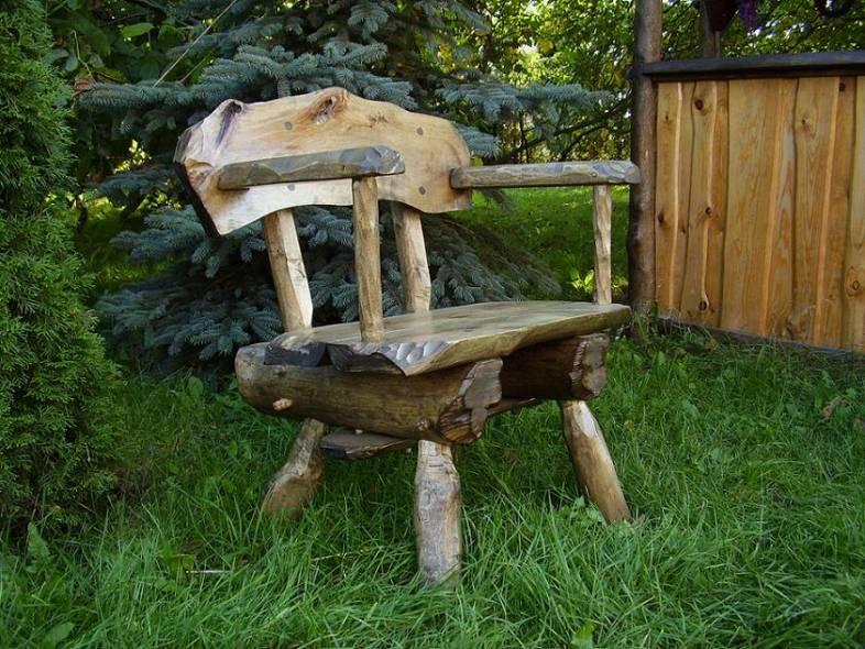 Kupić Krzesło wykonane z drewna litego