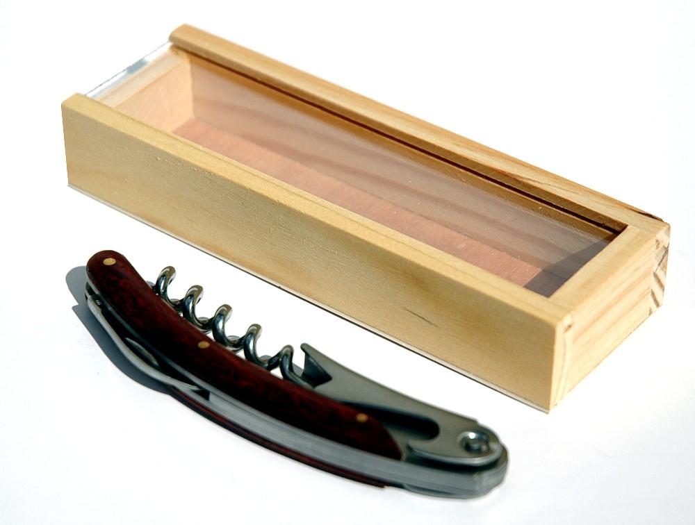 Kupić Korkociąg z drewnianą rączką + drewniane pudełko