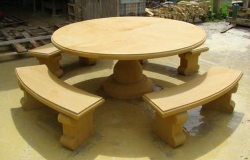 Kupić Stół z piaskowca
