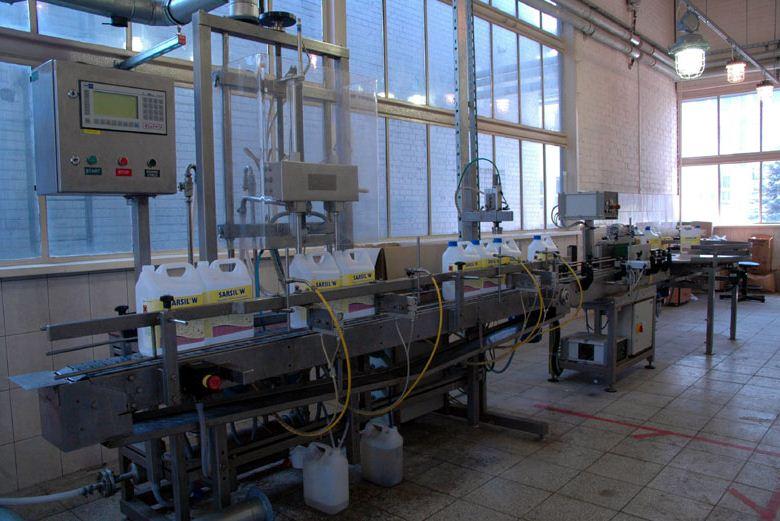 """Kupić """"NS Automatyka"""" Sp. z o.o. jest producentem urządzeń rozlewczych DosiFull (pomiar pojemności) i DosiMass (pomiar masy) przeznaczonych do konfekcji preparatów płynnych o różnych właściwościach fizykochemicznych."""