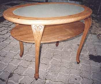 Kupić Stolik stylizowany z blatem szklanym