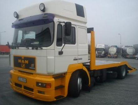 Kupić Ciężarowy MAN Autolaweta
