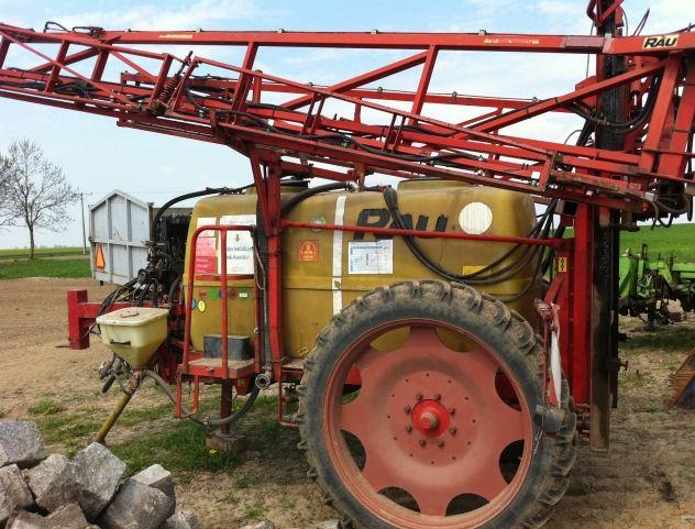 Kupić Opryskiwacz Rau 21 metrów 2400 litrów