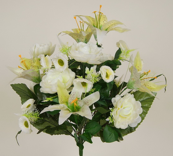 Kupić Bukiety kwiatów sztucznych