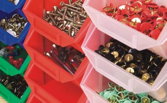 Pojemniki plastikowe, palety plastikowe, palety metalowe, skrzyniopalety