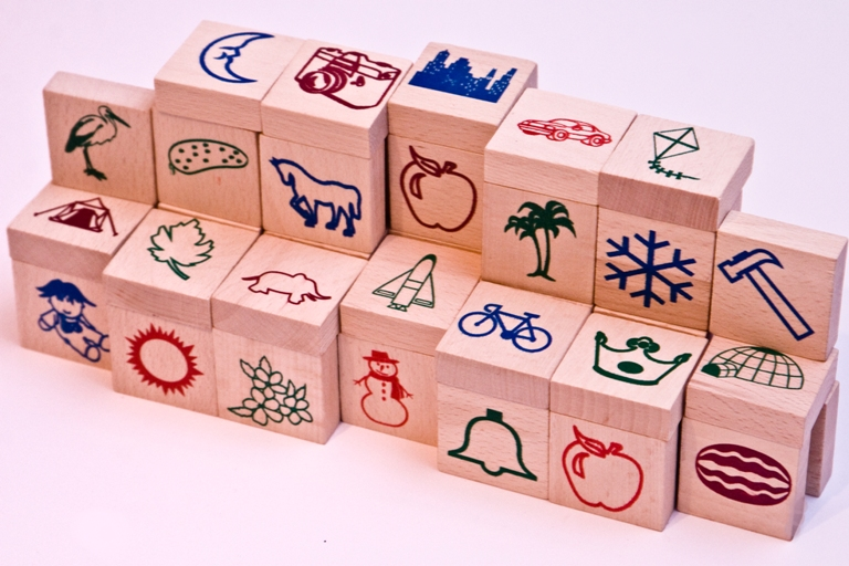 Kupić Klocki drewniane - literki naturalne 100 szt.