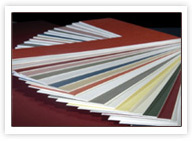 Kupić Pudła kartonowe kolorowe.