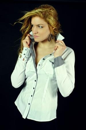 Kupić Elegancka bluzka damska.