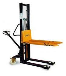 Kupić Wózki podnośnikowe masztowe z ręczna pompą hydrauliczną