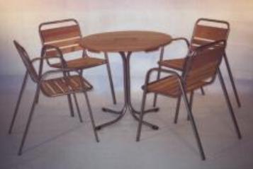 Kupić Metalowe meble przeznaczone do kawiarni i ogrodów