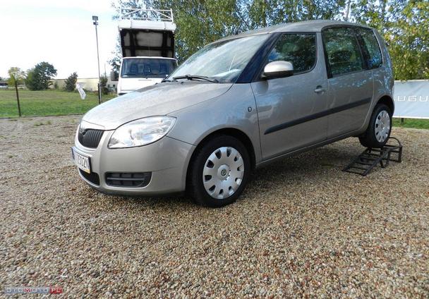 Kupić Škoda Roomster z poduszkami powietrznymi i czujnikiem parkowania