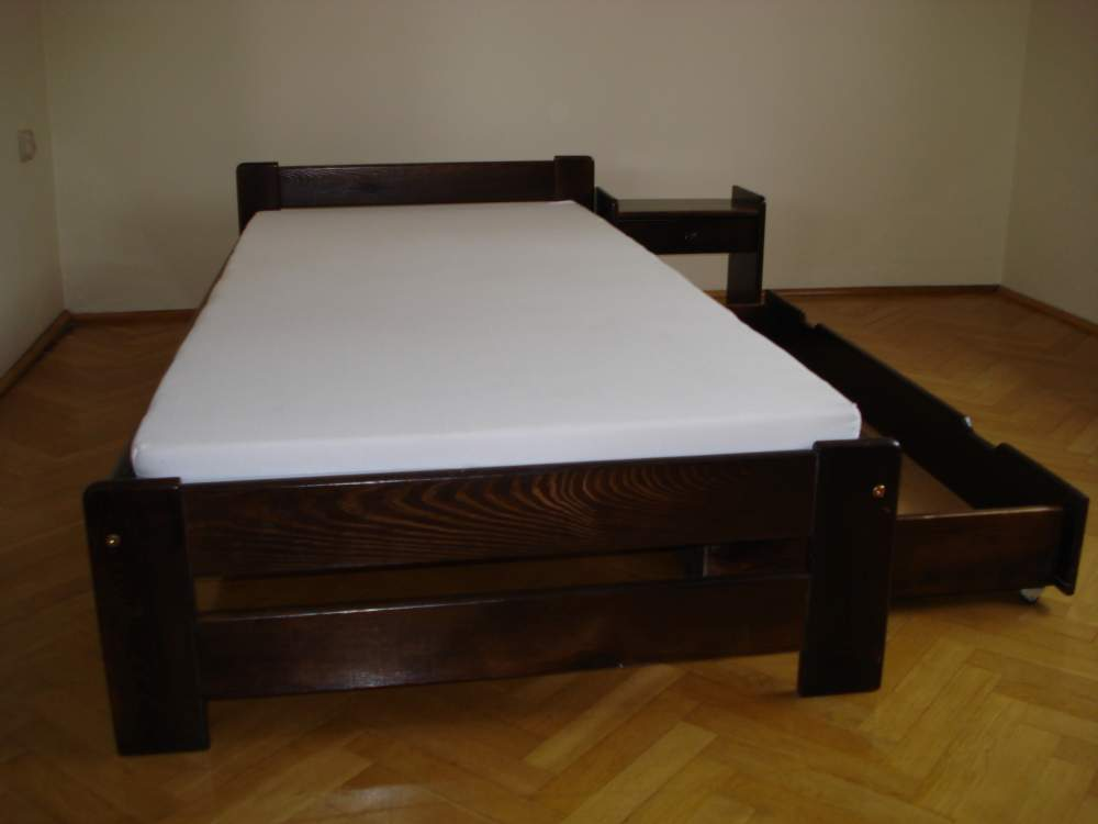 Kupić Strannie wykonane łóżka drewniane w różnych rozmiarach