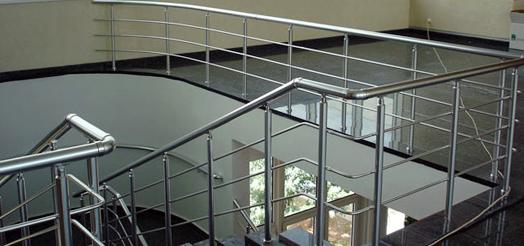 Kupić Nowoczesny system aluminiowych balustrad