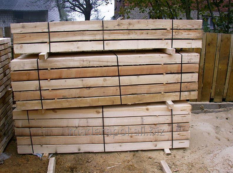 Krokwie drewniane.
