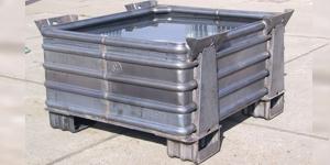 Ciężkie szczelne pojemniki metalowe typ VW 0001/ Ёмкости металлические для больших нагрузок