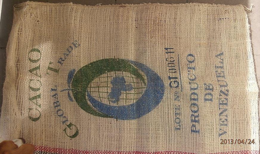 Kupić Używane worki jutowe , dekoracyjne worki po kawie i ziarnie kakaowym