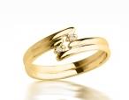 Kupić Pierścionek zaręczynowy z żółtego złota z brylantami.