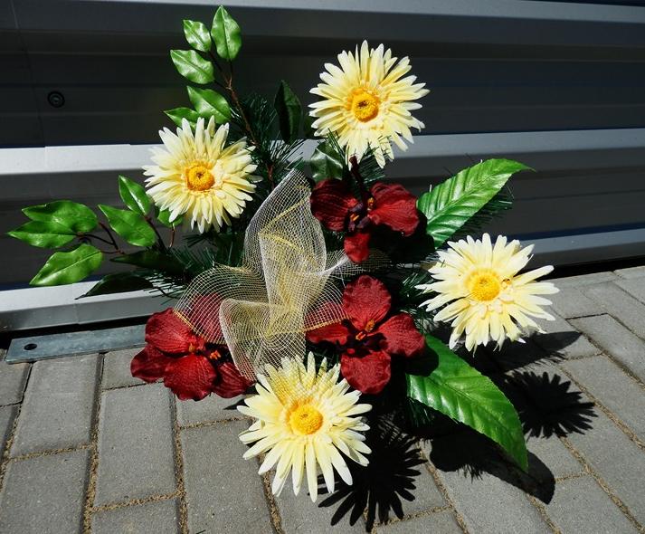 Kupić Bukiety we wkładach do wazonu