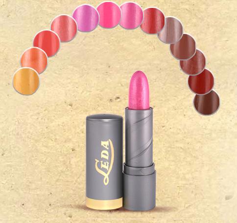 Kupić Pomadka kolorowa do ust tworzona na bazie wosku pszczelego z witaminą E*
