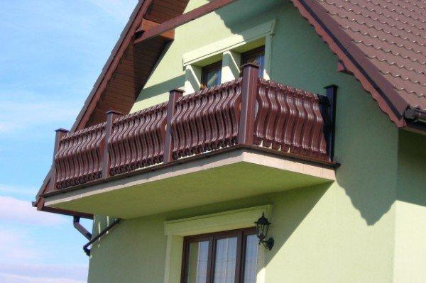 Sztachety PCV i Tralki balkonowe Ecowood