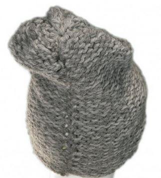 Producent maszyn dla przemysłu odzieżowego: czapki, szaliki, swetry