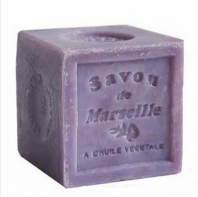 Naturalne, delikatne dla skóry mydło marsylskie