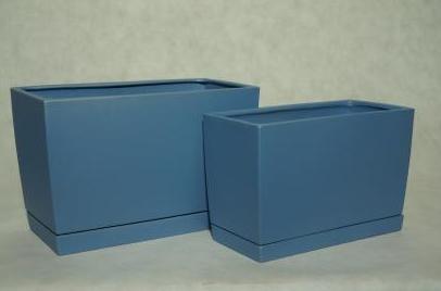 Kupić Wysokie doniczki prostokątne wydłużone w komplecie z ceramicznym podstawkiem