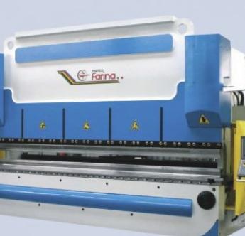 Kupić Włoskie prasy krawędziowe Farina ze sterowaniem CNC i kompensacją hydrauliczną stołu roboczego