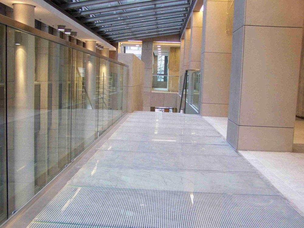 Kupić Podłogi szklane REI 60