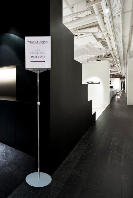Kupić Ekskluzywny stojak informacyjny plakatowy CROMO A4, 150cm
