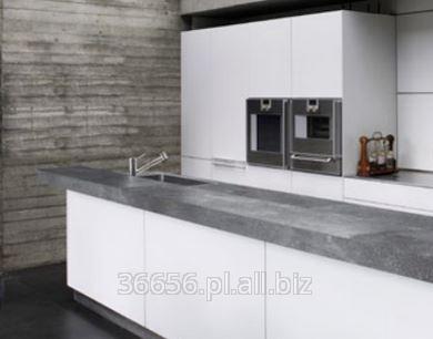 Kupić Blaty kuchenne, dporne na uderzenia, wgniecenia, zarysowania oraz ścieranie powierzchni użytkowej zgodnie z zakładową normą ZN-1:2015