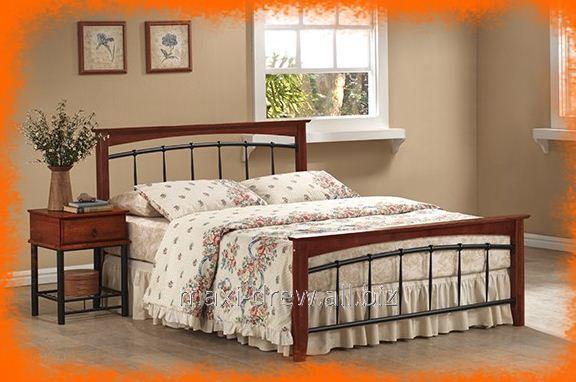 Dekoracyjne i ponadczasowo eleganckie łóżko podwójne Argentyna w komplecie ze stelażem.