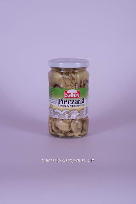 Pieczarki w zalewie solnej, sprzedawane w słoikach o pojemności 370/900 ml oraz w puszkach o wadze netto 2,55 kg