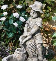 Kupić Figury ogrodowe betonowe gipsowe i z tworzywa.