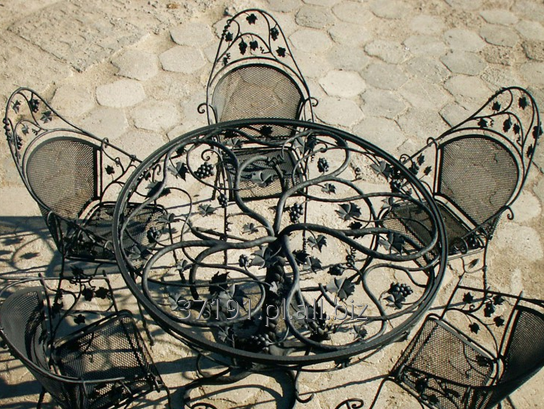 Kupić Meble artystyczne z kutej stali wykonywane według indywidualnego projektu.
