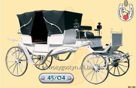Kupić Luksusowy powóz Vis a Vis z białym wykończeniem.