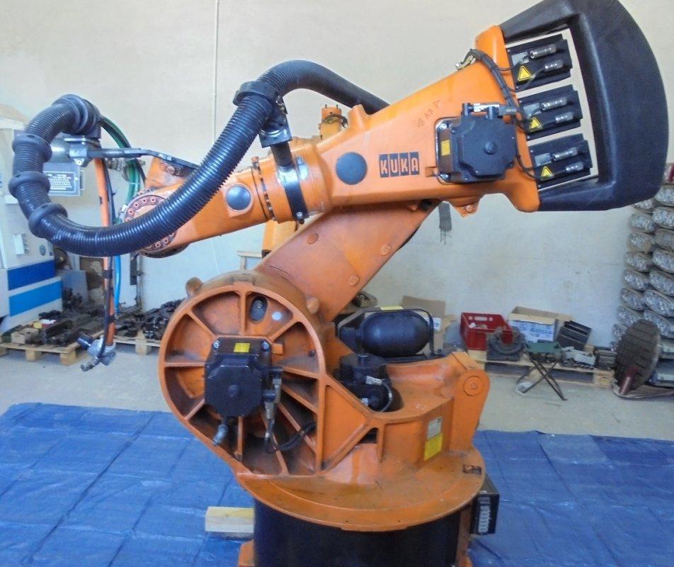 Kupić Robot przemysłowy KUKA KR 150-2 - KRC1