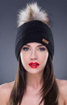 Kupić Ciepła czapka, kolor czarny, pompon a'la jenot