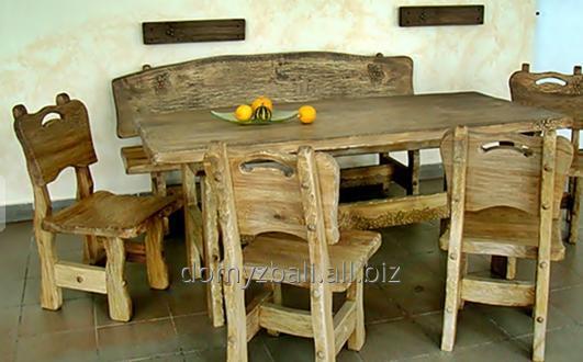 Kupić Komplet składający się ze stołu i krzeseł z drewna jesionowego, możliwość ozdobienia rzeźbieniami, idealny do karczm i zajazdów.