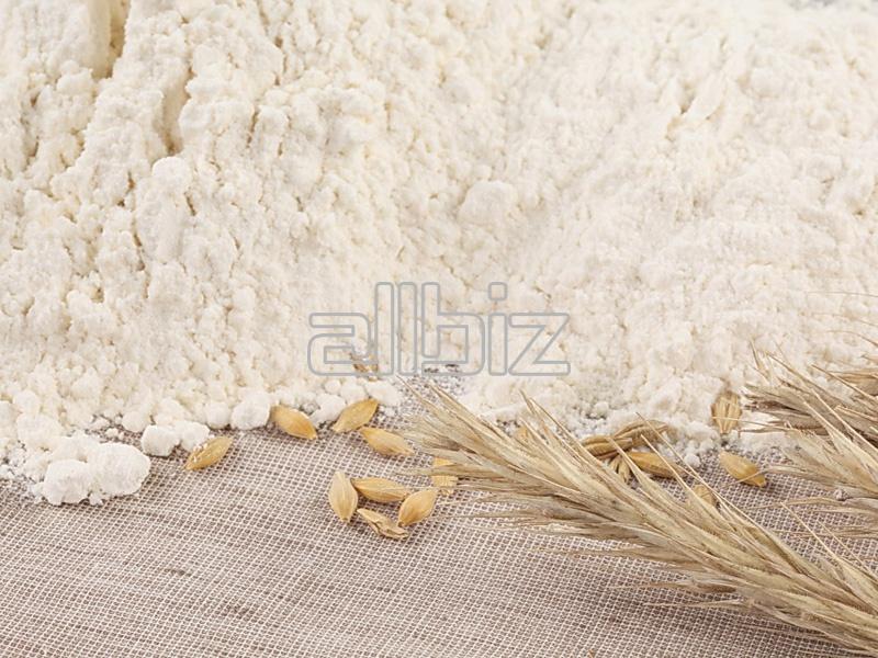 Kupić Mąka pszenna 450 i 550 pakowana na zamówienie klienta.