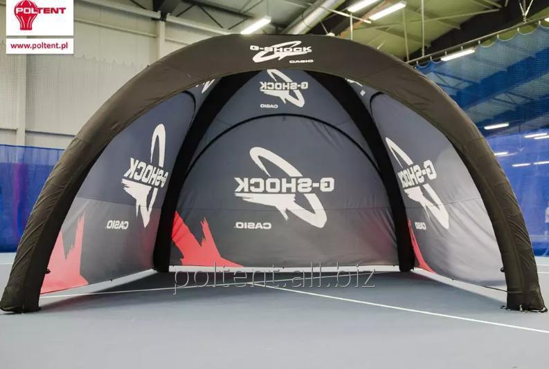 Lekkie namioty ze stelażem pneumatycznym nie wymagające wentylatora.