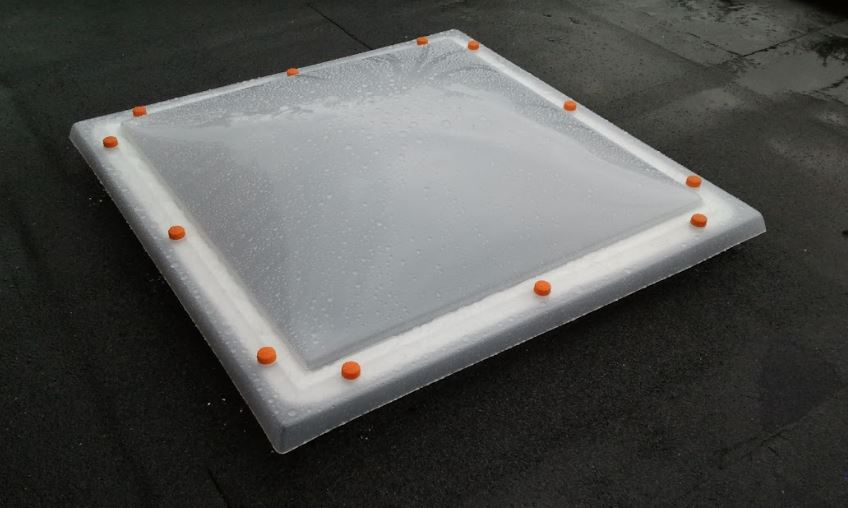 Buy Skylights and finishing elements for roofs covered with sheet metal