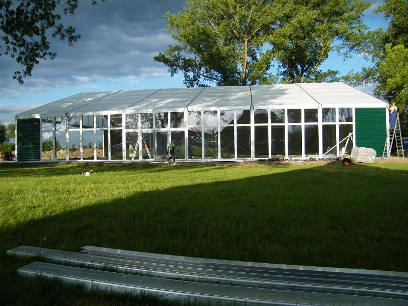 Kupić Przeszklone namioty bankietowe, weselne, ekspozycyjne, gastronomiczne do szybkiego montażu i demontażu.